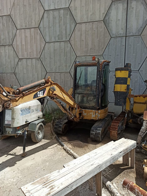 Picture of CATERPILLAR 303C CR  Mini Excavator