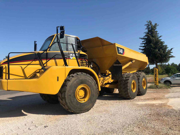 Picture of Caterpillar 740B Articulated Truck  - Year 2006
